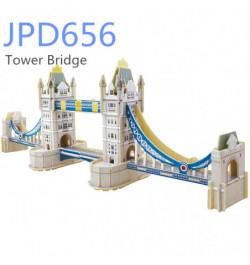 Medinė dėlionė su spalvotu popierium Tauerio tiltas